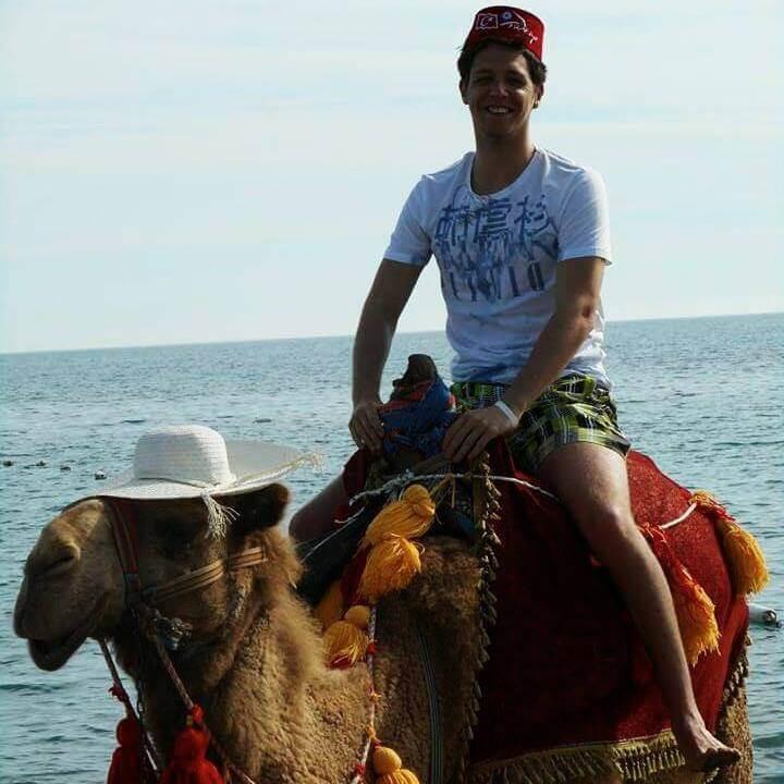 Camel below Joetjah